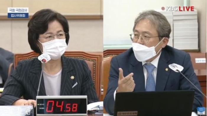 박주민 의원은 왜 12대 1로 싸워야 했나