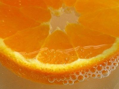 오렌지주스, 탄산음료보다 더 나쁘다?