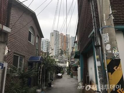 서울 동작구 흑석동에 단독·다가구 주택이 몰려있다. /사진=신현우 기자