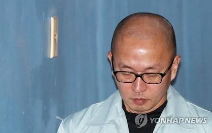 고개숙인 '문화계 황태자' 차은택 [연합뉴스 자료사진]