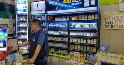 서울 시내의 한 편의점. 최저임금이 역대 최대 폭으로 인상되면서 폐점을 고려하는 편의점주가 늘어나고 있다. [헤럴드경제DB]
