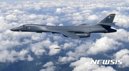 【서울=뉴시스】 미 공군 B-1B 전략폭격기 (뉴시스DB)