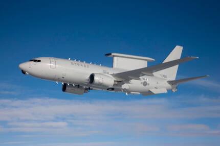 공군 E-737 조기경보통제기가 성능점검을 위해 비행을 하고 있다. 보잉 제공