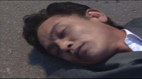 주인공이 죽는 슬픈 장면인데 웃기는 장면이 됨