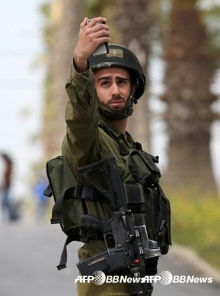 이스라엘군은 우리 돈으로 31만원 가량의 월급을 받습니다. 그런데 예비군 훈련비가 하루 10만원이라고 합니다. ⓒ AFPBBNews=News1