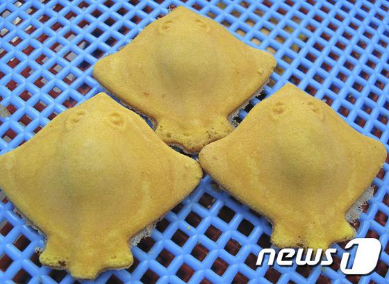 전남 강진군에서 판매되는 황가오리빵.(강진군 제공) 2016.6.1/뉴스1 © News1 신채린 기자