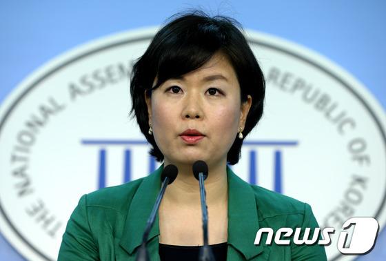 국민의당 중앙선대위 김유정 대변인.  2012.8.26/뉴스1