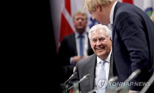 16일(현지시간) 독일 본에서 열린 G20 외무장관 회의에 참석한 렉스 틸러슨 미국 국무장관 [EPA=연합뉴스]