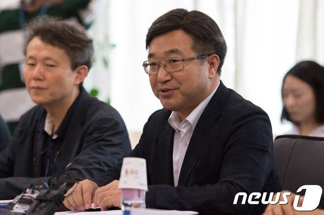 윤호중 의원 © News1 성동훈 기자