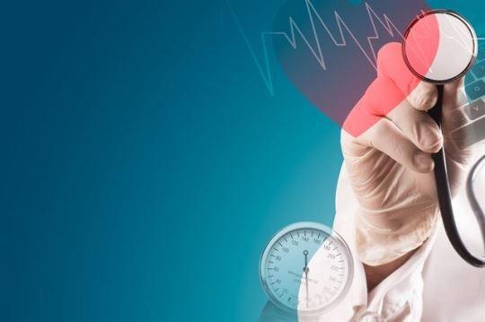 미국 학회가 고혈압 진단 기준을 130/80으로 획기적으로 낮췄다. 우리나라도 이 기준을 적용하면 고혈압 환자가 현재보다 65%나 늘어난 1,650만명에 이를 전망이다. 게티이미지뱅크