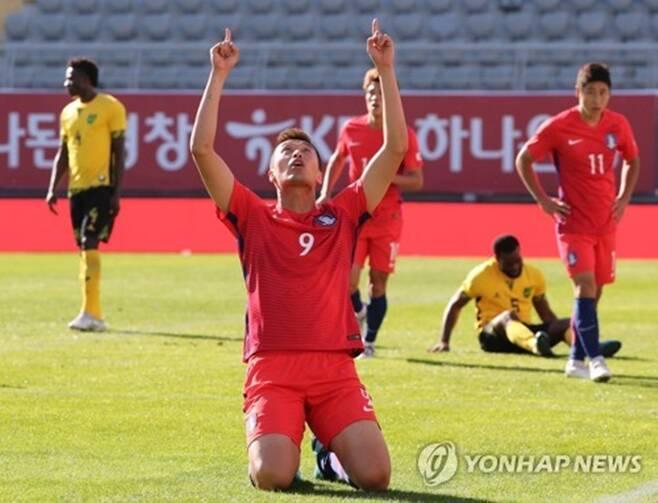 ▲ 김신욱이 자메이카전에서 멀티 골을 터뜨렸다. ⓒ연합뉴스