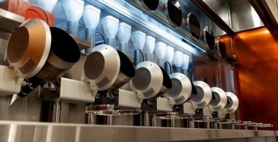 음식 조리부터 서빙, 설거지까지 로봇이 도맡아 하는 로봇 식당 '스파이스'가 미국 보스턴에 문을 열었다. /사진=스파이스