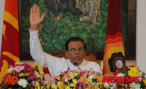 【콜롬보=AP/뉴시스】스리랑카의 마이트리팔라 시리세나 대통령의 모습. 2015. 10. 3.