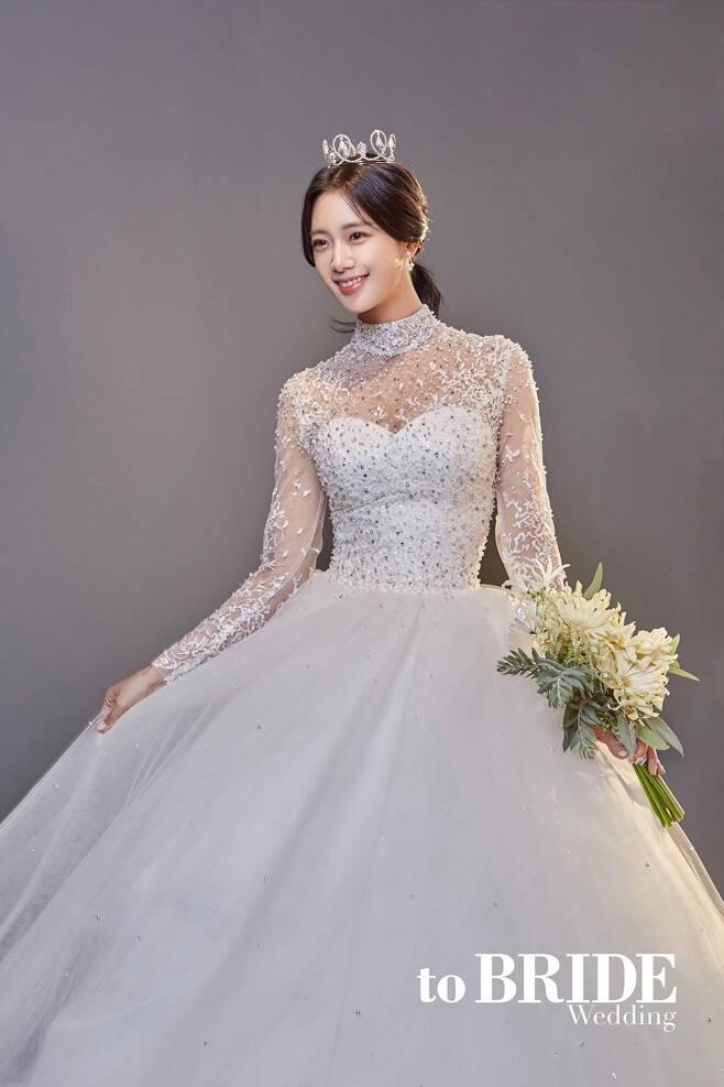 ▲ 배우 클라라가 결혼을 앞두고 있다. 제공|투브라이드