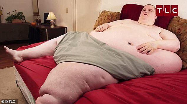 몸무게가 400kg에 육박했던 미국 남성이 결국 사망했다. 사진/TLC