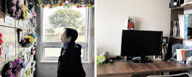 이상영씨가 지난 15일 제주도 양지공원 추모관에서 2017년 11월 현장실습 도중 사고로 세상을 떠난 아들 민호군의 사진을 바라보고 있다(왼쪽 사진). 김용만씨는 2016년 5월 현장실습 도중 스스로 목숨을 끊은 아들 동균군의 책상을 치우지 못하고 있다. 사진은 컴퓨터 모니터 위에 동균군이 세상을 떠나기 며칠 전 아버지에게 달아 준 카네이션이 쓸쓸하게 놓여 있는 모습(오른쪽 사진).
