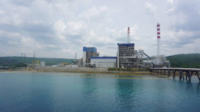 대림산업이 계통병입을 완료한 필리핀 최초의 초임계압 방식의 산 부에나벤튜라 석탄화력발전소 전경. 사진=대림산업