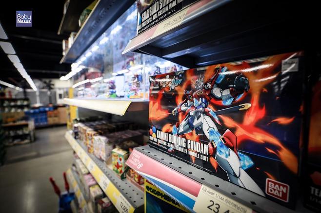 건담은 국내에서도 많은 마니아층을 형성하고 있는 일본의 대표적인 로봇 애니메이션이다. 김재호 기자 ⓒ베이비뉴스