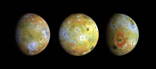 갈릴레오 탐사선이 촬영한 이오의 모습