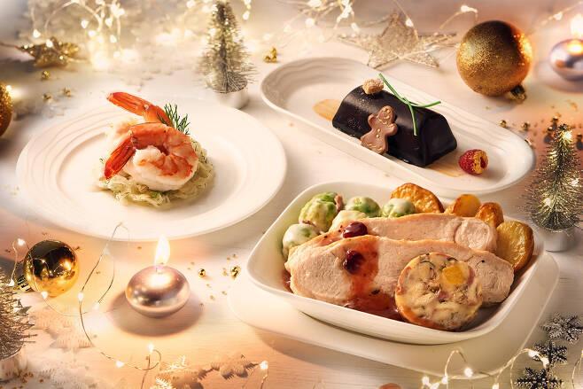 퍼스트 및 비즈니스석 승객용 크리스마스 특별 기내식 메뉴