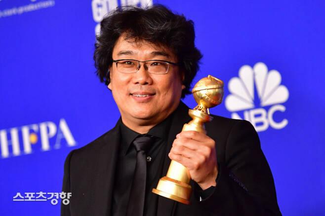 '기생충'으로 한국 영화의 새 역사를 쓰고 있는 봉준호 감독이 아카데미 입성 이유를 직접 밝혀 눈길을 끌었다. 연합뉴스 AFP