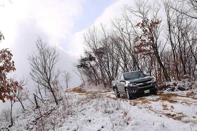 쉐보레 콜로라도가 대한민국에서 첫 겨울을 보내게 됐다.