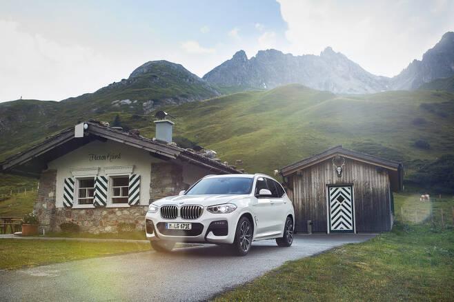 BMW 뉴 X3 xDrive30e.