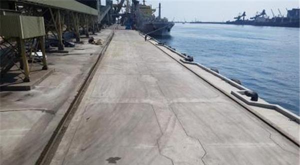 해군 함정 부사관 1명 실종 동해항-속초항 이동중. [뉴스1]