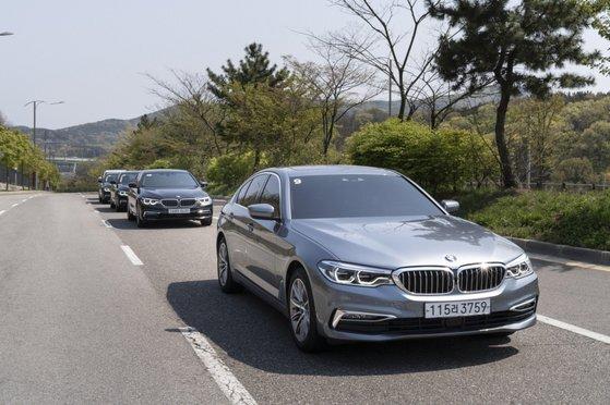 BMW그룹의 PHEV 530e. 독일 완성차 업체들은 아직 순수전기차보다 플러그인하이브리드 자동차 비중이 높다. 사진 BMW그룹 코리아