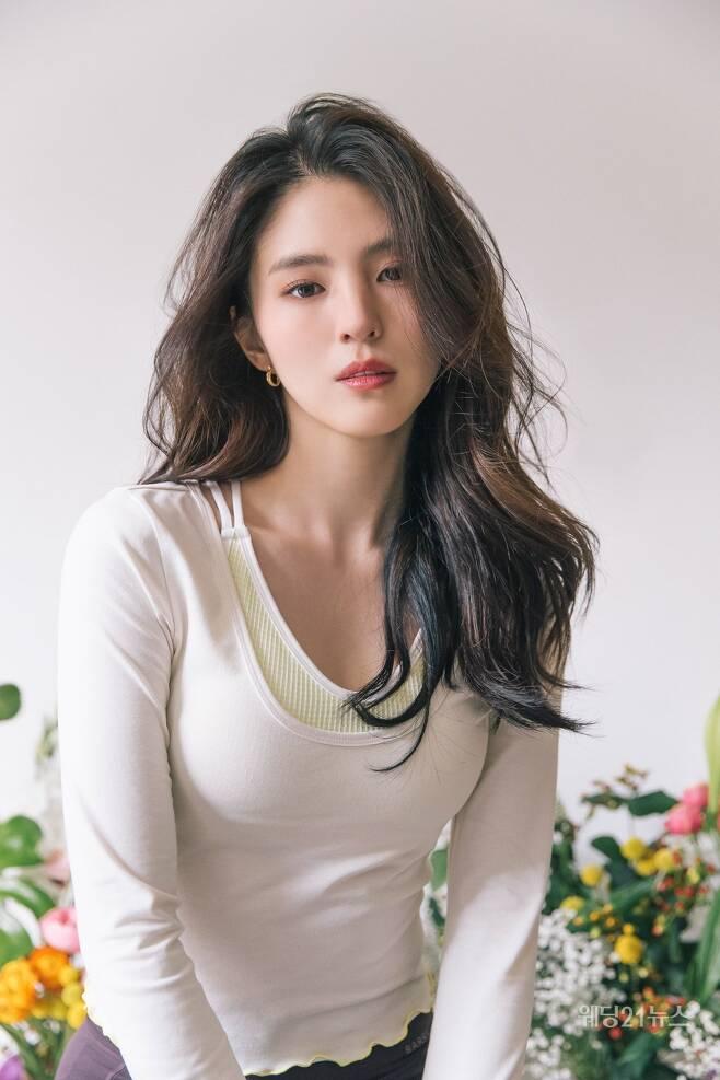 사진 : 배럴, 배우 한소희 화보