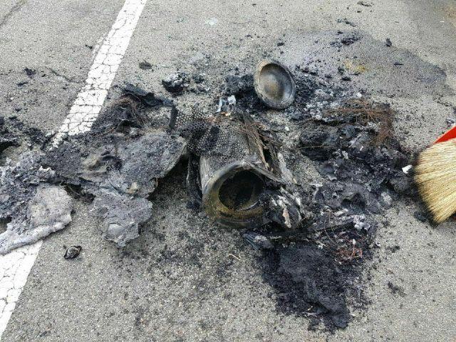 제네시스 G80 화재 사고 후 별도로 발견된 트럭용 에어크리너 부품. 사진 속 해당 부품은 별도로 조사 장소 이동 후에 촬영된 것이다.