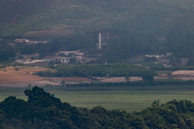28일 경기도 파주시 오두산 통일전망대에서 바라본 북한 황해북도 개풍군 일대의 모습./파주=연합뉴스