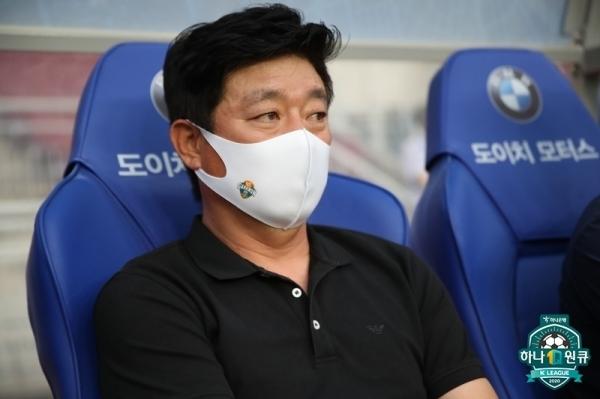 강원FC 김병수 감독