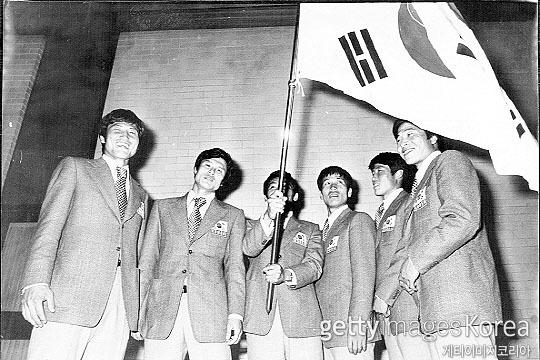 한국 축구 대표팀 레전드 공격수 김재한(사진 맨 왼쪽)(사진=게티이미지코리아)