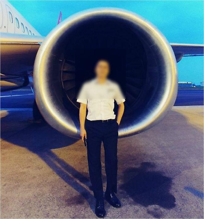 """""""하늘이 좋아서"""" 파일럿이 됐다는 이스타항공 기장 손모씨. (사진=손모씨 제공)"""