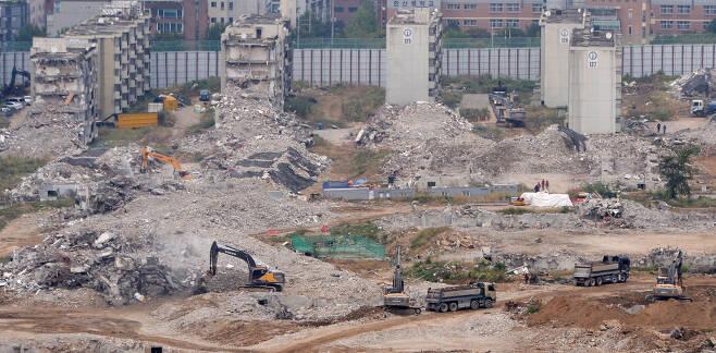서울 강동구 둔촌주공 철거현장의 모습. [헤럴드경제DB]