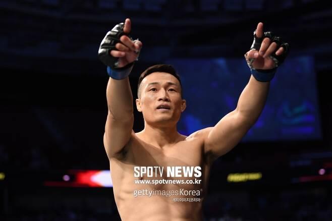 ▲ 정찬성은 알렉산더 볼카노프스키가 UFC 페더급 챔피언이라는 사실이 부끄럽다고 말했다.