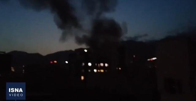 [서울=뉴시스] 30일(현지시간) 이란 수도 테헤란 북부의 한 보건소에서 폭발이 발생해 최소 13명이 숨졌다. <출처: ISNA통신> 2020.7.1.