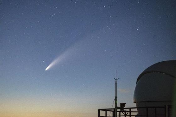2020년 7월 15일 저녁9시 14분 보현산천문대에서 촬영한 니오와이즈 혜성, 한국천문연구원 전영범 책임연구원 촬영
