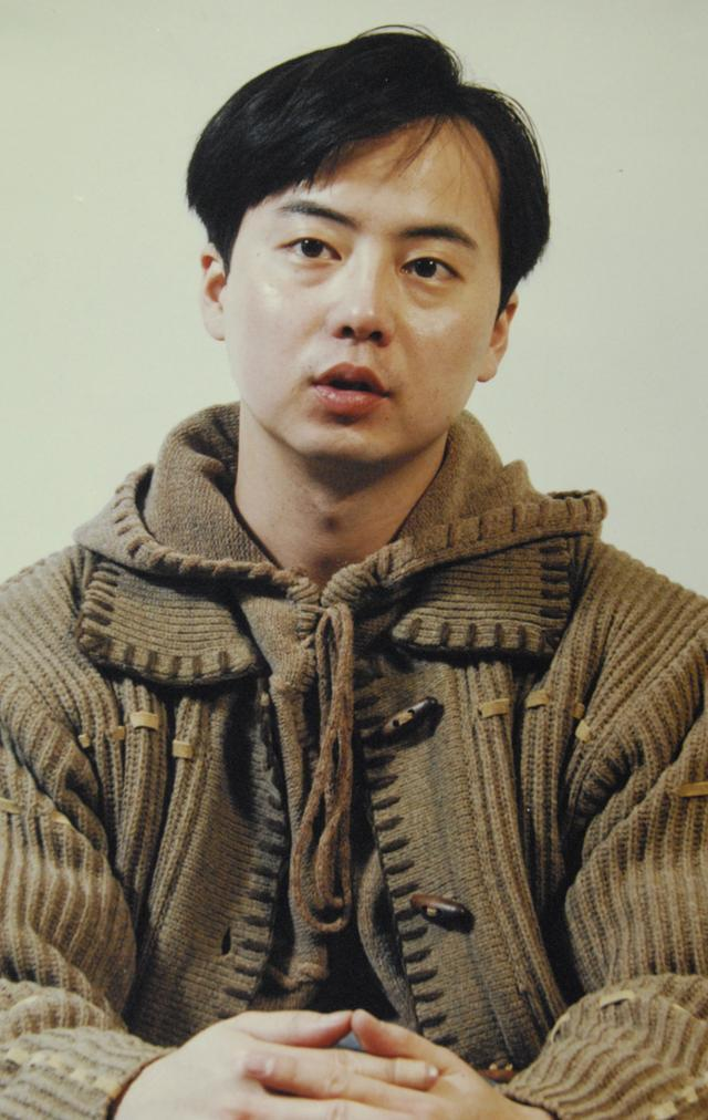 015B 탈퇴 후 '삶, 사람, 사랑' 이라는 앨범을 발표했을 당시 조형곤. 한국일보 자료사진