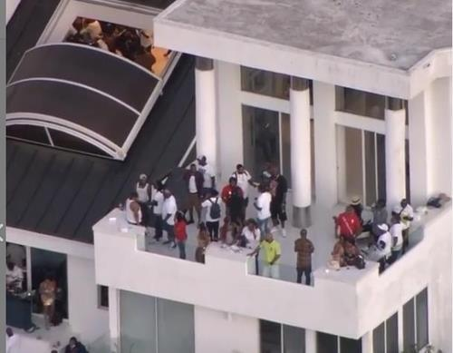 총격 사건이 발생한 LA의 대규모 파티 현장 [인스타그램 갈무리·재판매 및 DB 금지]
