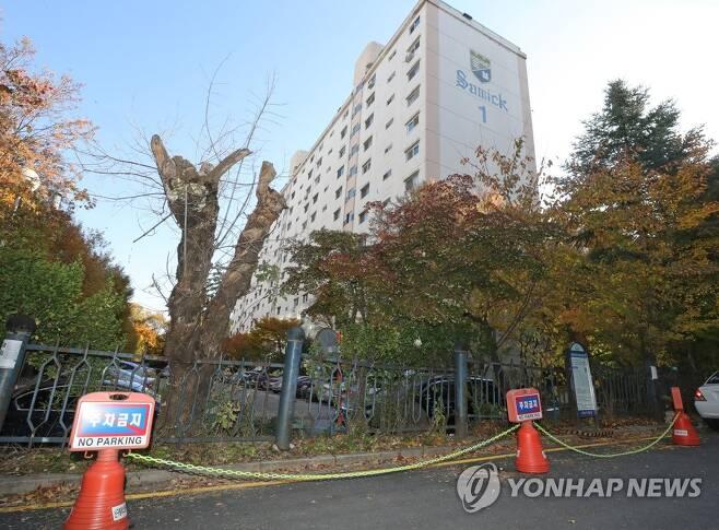 조국 전 장관 자택이 있는 아파트 [연합뉴스 자료사진]