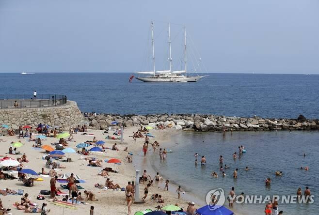 프랑스 지중해 연안의 한 해변의 모습. [EPA=연합뉴스 자료사진]