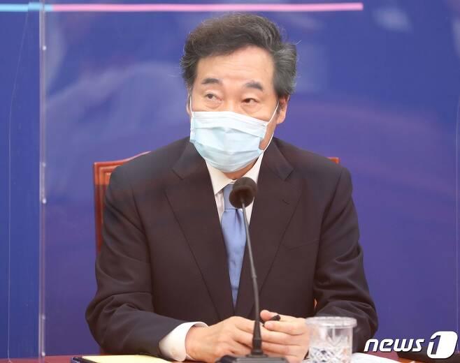 이낙연 더불어민주당 신임 대표가 31일 오후 서울 여의도 국회에서 기자간담회를 하고 있다. 2020.8.31/뉴스1 © News1 성동훈 기자