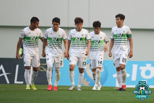 전북 선수들   사진제공=프로축구연맹