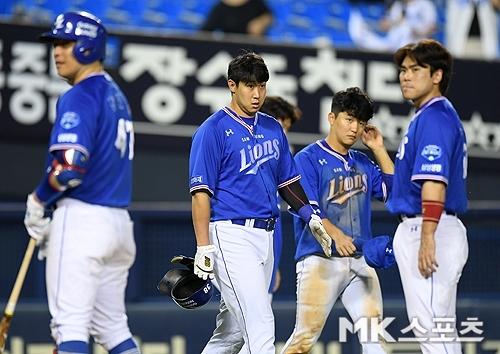 삼성은 11일 사직 롯데전에서 4-12로 대패했다. 사진=천정환 기자