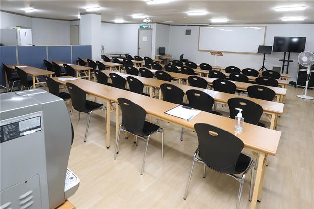 3일 오후 동충하초 사업설명회가 열렸던 대구 북구 한 빌딩 지하 사무실이 텅 비어 있다. 2020.9.3 뉴스1