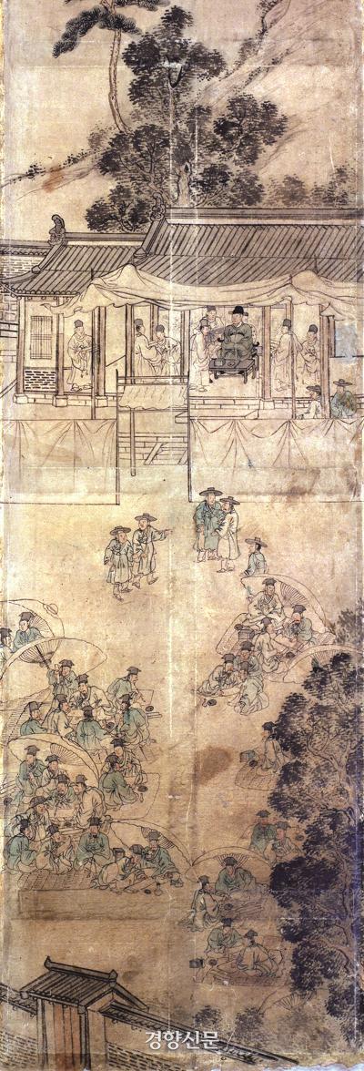 조선시대 후기 한 지역에서 열린 19세기 과거시험장 풍경이다. 옹기종기 모여 부정행위를 저지르는 모습을 적나라하게 보여준다. 타락한 과거시험장의 모습이다.|국립고궁박물관 소장