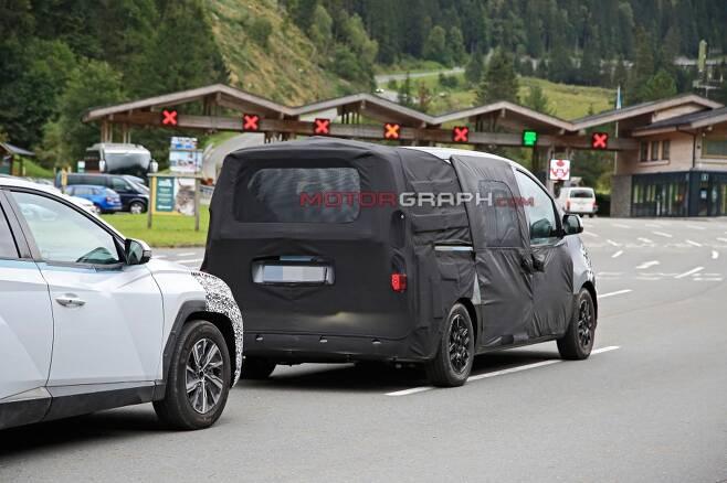 현대차 스타렉스 시험주행차량 (사진제공:S. Baldauf/SB-Medien)