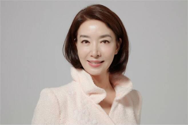 KBS 2TV 주말드라마 '한 번 다녀왔습니다'에서 최윤정 역을 연기한 배우 김보연. (사진=김보연 소속사 제공)